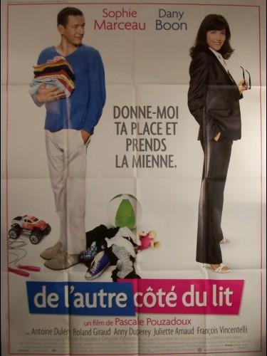 Affiche du film DE L'AUTRE COTE DU LIT