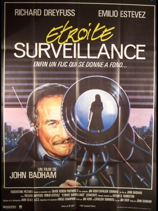 Affiche du film ETROITE SURVEILLANCE - STAKEOUT