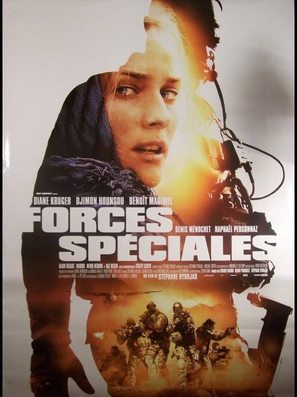 Affiche du film FORCES SPECIALES (AFFICHE ROULÉE)