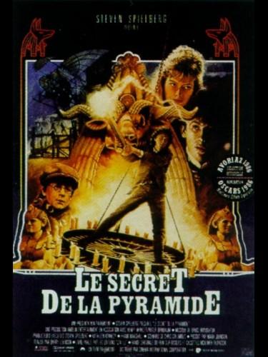 Affiche du film LE SECRET DE LA PYRAMIDE - YOUNG SHERLOCK HOLMES
