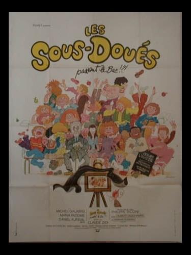 Affiche du film LES SOUS DOUES PASSENT LE BAC