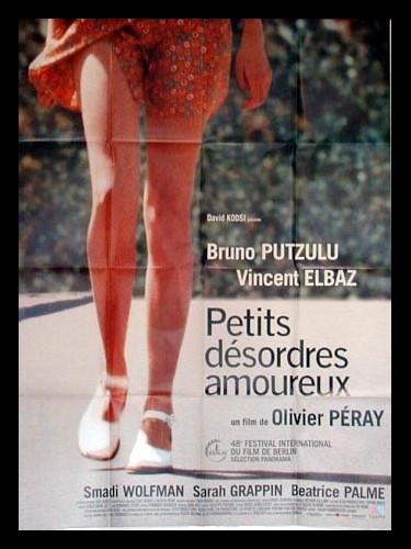 Affiche du film PETITS DESORDRES AMOUREUX