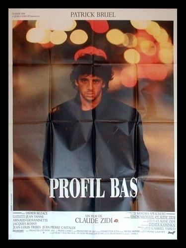 Affiche du film PROFIL BAS