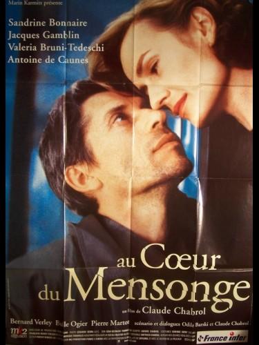 Affiche du film AU COEUR DU MENSONGE