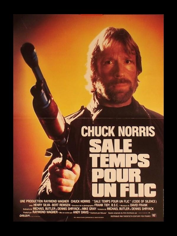 Affiche du film SALE TEMPS POUR UN FLIC - CODE OF SILENCE