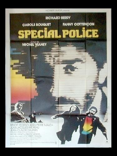 Affiche du film SPECIAL POLICE