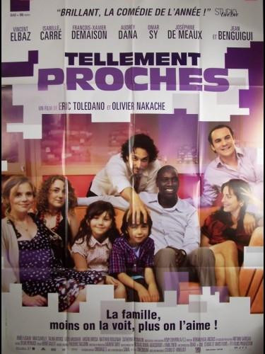Affiche du film TELLEMENT PROCHES