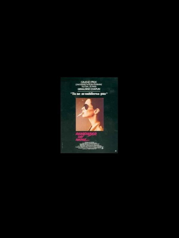 Affiche du film TU NE M'OUBLIERAS PAS