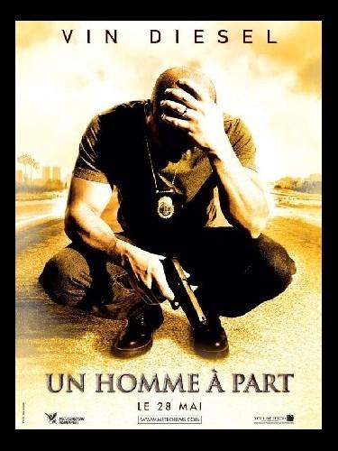 Affiche du film UN HOMME A PART