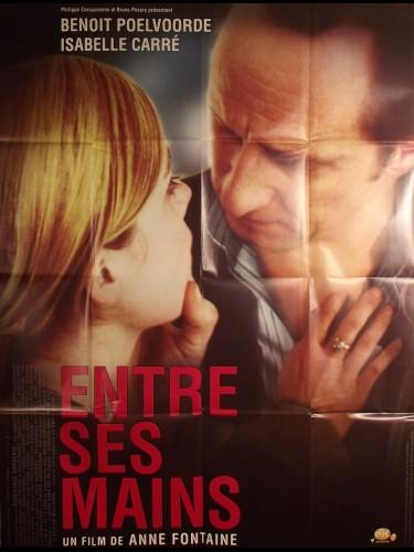 Affiche du film ENTRE SES MAINS