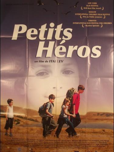 Affiche du film PETITS HEROS