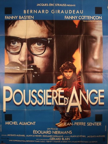 Affiche du film POUSSIERE D'ANGE